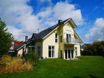 Beeindruckendes Einfamilienhaus mit Garage und