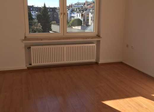 Attraktive 2-Zimmer-Wohnung mit Balkon in Düsseldorf.ich suche einen Nachmieter.