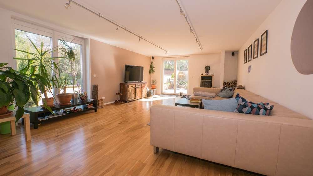 Großzügige 4-Zimmer-ETW mit Terrasse & Garten! in Bertelsdorf (Coburg)
