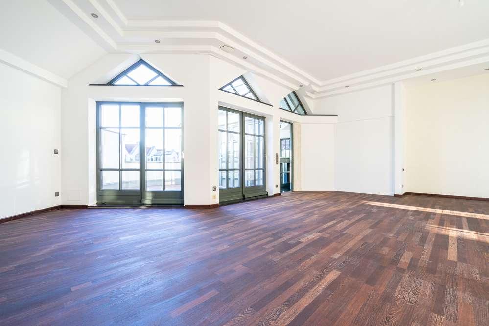 2-Zimmer-Penthousewohnung in Ingolstadt Nord-Ost mit 2 Dachterrassen und Wintergarten zu vermieten! in Nordost (Ingolstadt)