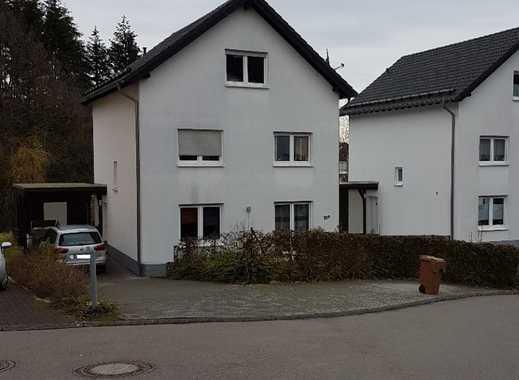 Schönes Einfamilienhaus in Gummersbach - Karlskamp mit Carport