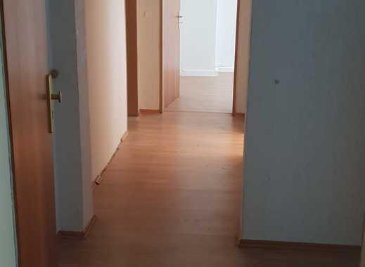 Sanierte 3-Zimmer-Wohnung mit Balkon in Fürth Südstadt