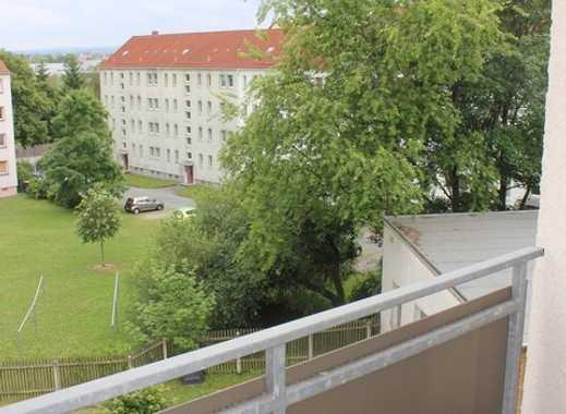 ++ komplett renoviert mit Balkon ++