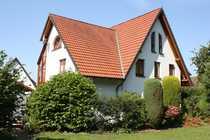 Einfamilienhaus mit ELW in grüner