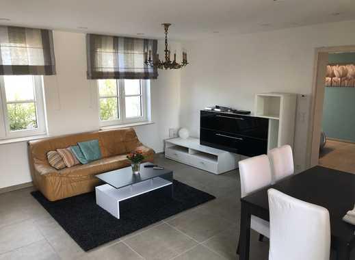 Sehr schöne, renovierte und voll möblierte Wohnung direkt am Stadtwald in Oberrad