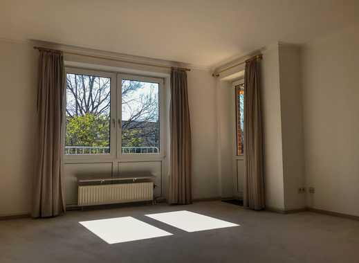 Gepflegte 3-Zimmer-Wohnung mit Balkon und Einbauküche am Bahnhof Thesdorf