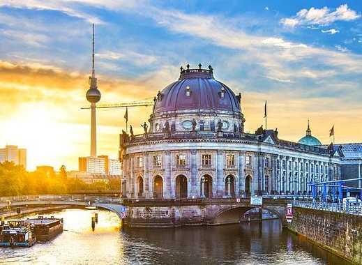 4,1 % Rendite- nur 7.560- € pro QM- Exklusives ARCHITEKTEN-LOFT an der Museumsinsel