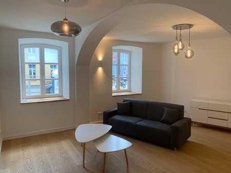 Wohnen an der Isar - sanierte und möblierte 2-Zimmer Altbauwohnung zur Miete in Au (München)