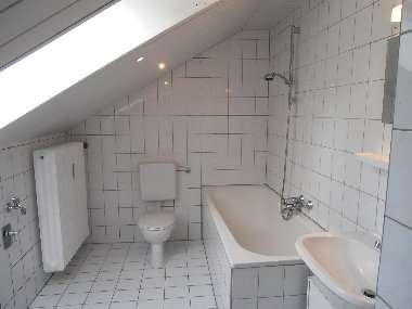 Große und moderne WG geeignete 2-Zimmer-Wohnung in der Gemeinde Pentling in Pentling