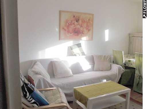 Schöne, möblierte 2-Zimmer-Wohnung mit Einbauküche und Balkon zentral im Herzen von Nürnberg