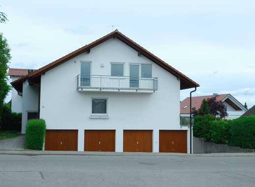 Helle 4,5-Zimmer-Wohnung mit tollem Garten und 2 Garagen in Gültstein
