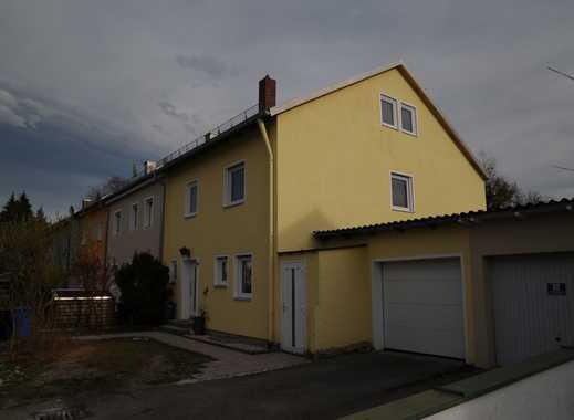 Erstbezug nach Sanierung, Balkon und eigenem Garten: exklusive 3-Zimmer-Wohnung in FFB