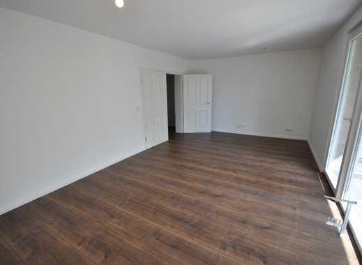 Komplett Sarnierte 2-Zimmer Wohnung mit Einbauküche und Balkon in Hannover