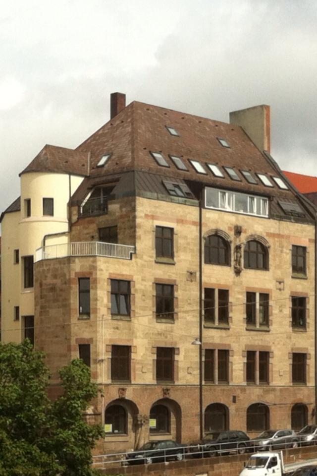 Traumwohnung in Traumlage N-Johannis mit Blick über die Dächer von Nürnberg