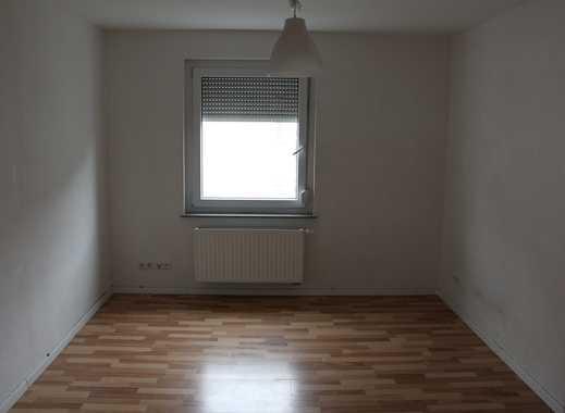 Helle 3-Zimmer-Wohnung mit Einbauküche in Stuttgart-Bad Cannstatt