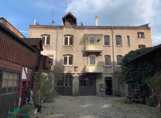 Entwicklungsfähiges Stadthaus  im beliebten Stadtteil Nürnberg-Rennweg mit Denkmal – AfA
