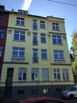Vollständig renovierte 5-Zimmer-Wohnung mit Balkon