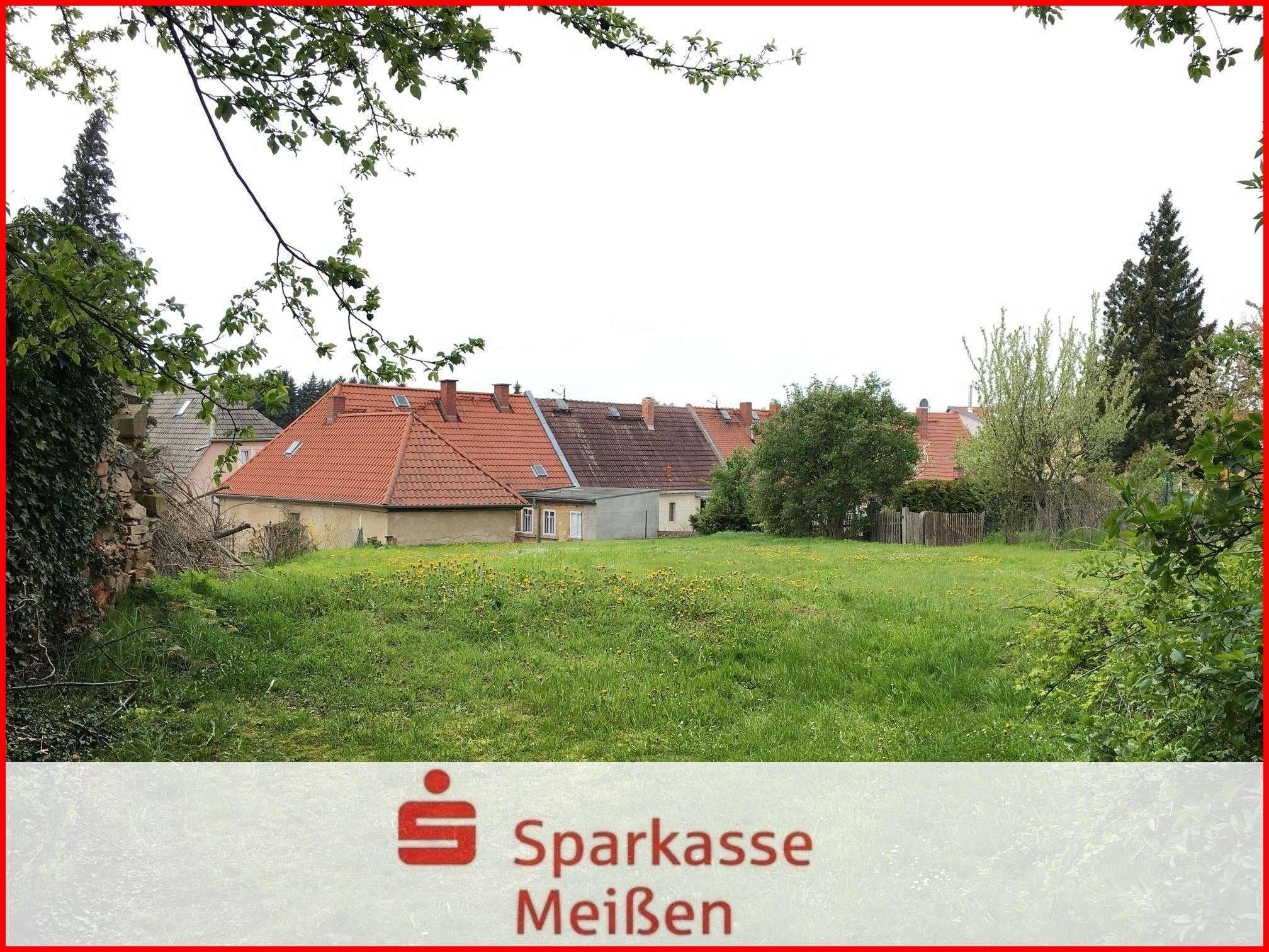 Freizeitgrundstück im Ortskern - Grundstück zum Kauf in Lommatzsch