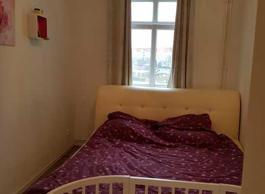 Schöne 4-Zimmer-Wohnung mit Einbauküche und Balkon in Köpenick, Berlin