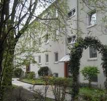 Erstbezug nach Sanierung - 2-Zimmer Wohnung mit Balkon in Groß Buchholz, Lenbachstr. 4 