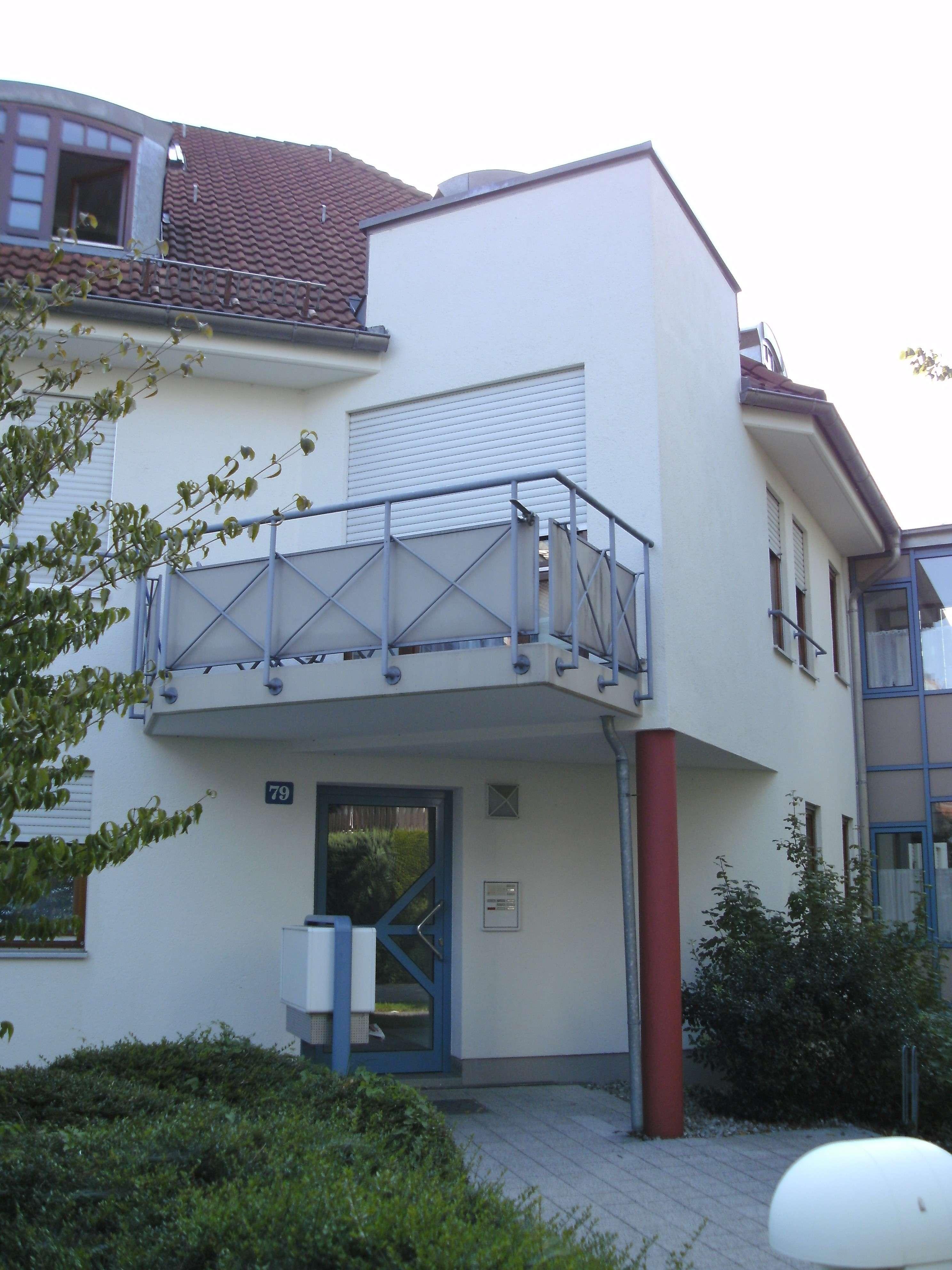 Schöne, gepflegte 2-Zimmer-Wohnung mit Balkon in Fürstenfeldbruck in