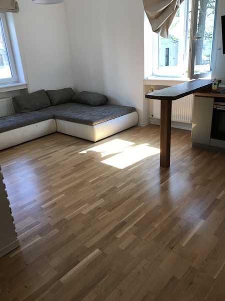 Teilmöblierte schöne 3-Zimmer Wohnung in Neuhausen, nähe Rotkreuzplatz in Neuhausen (München)