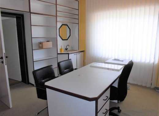 Großzügige Praxis oder Büroetage auf 250m² mit umfangreicher Ausstattung in guter Lage
