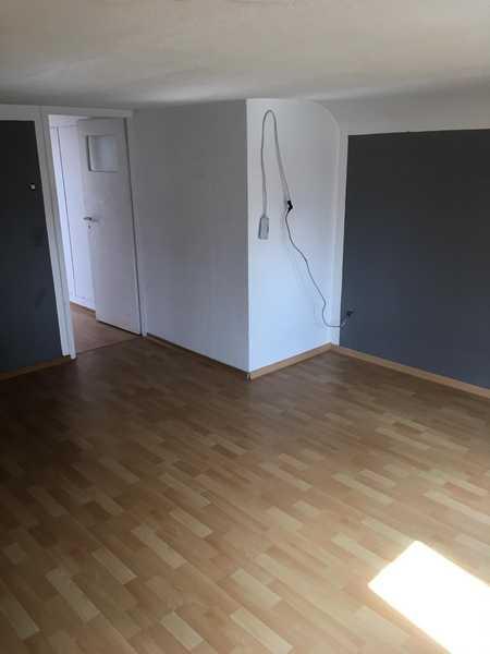 Sanierte 2-Raum-DG-Wohnung in Strullendorf in Strullendorf