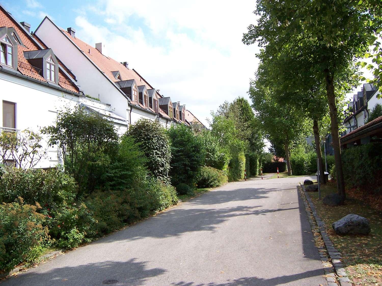 Top 3 Zimmer - Dachgeschosswohnung im Grünen in 85570 Markt Schwaben in Markt Schwaben