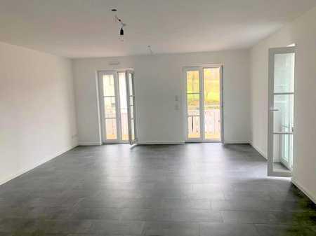 Neubau-Erstbezug! Sonnige 2-Zimmer Wohnung in kleiner ruhiger Wohnanlage Bad Tölz in Bad Tölz