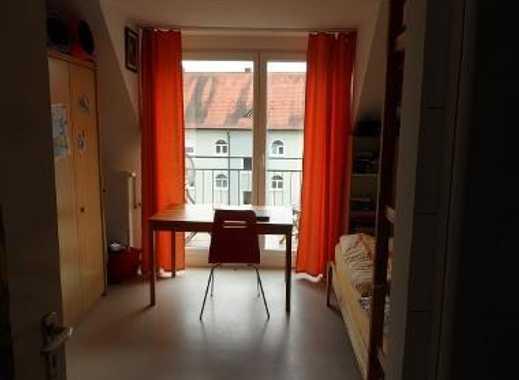 feines Zimmer in freundlicher 3er-WG