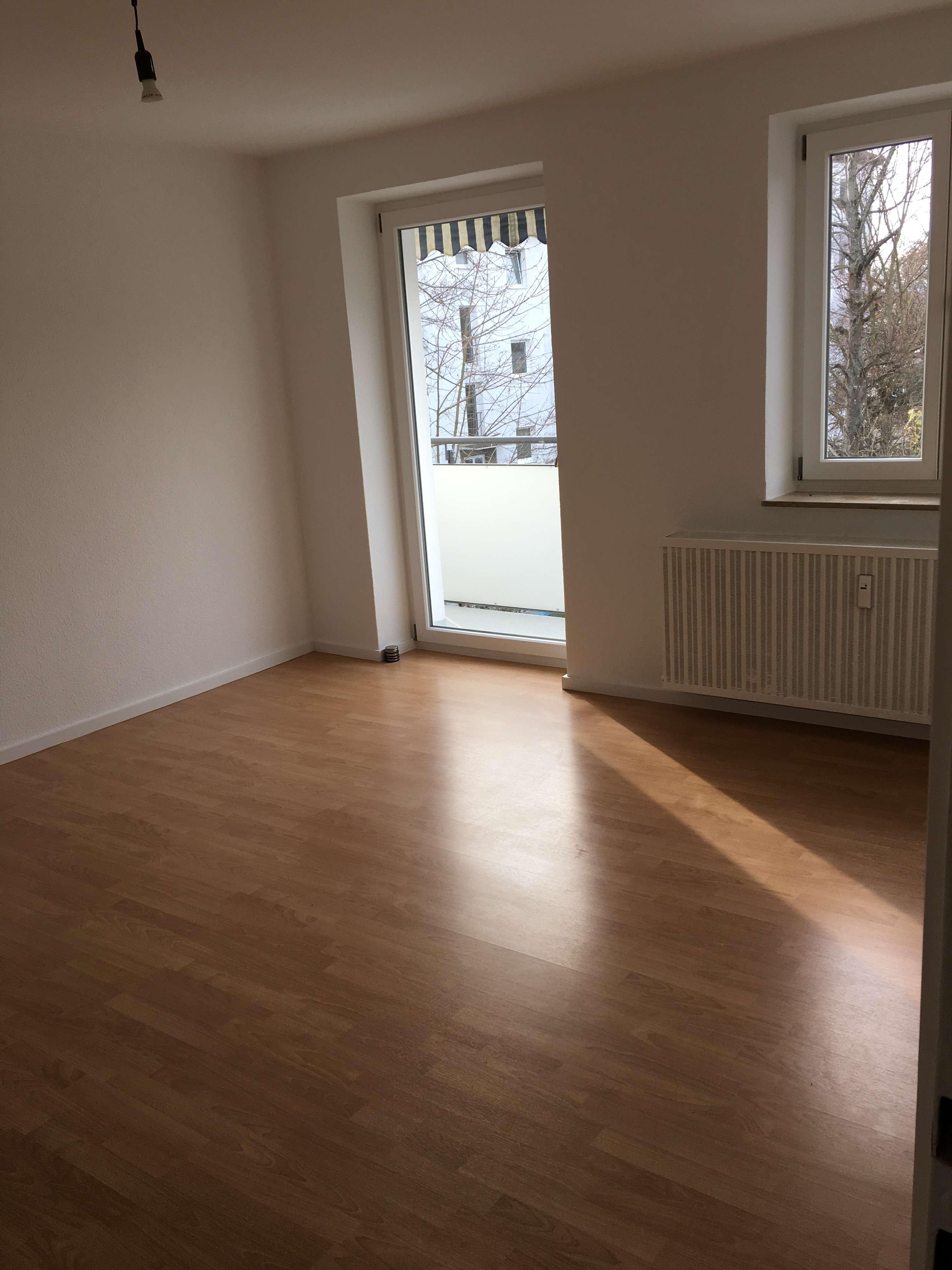 Top renovierte 3-Zimmer Wohnung in bester Wohnlage in Nordwest