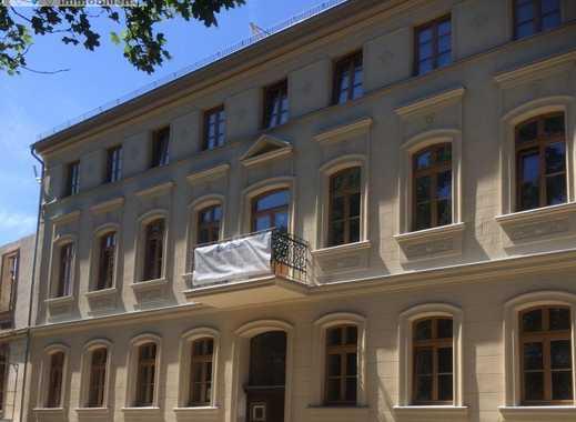 Wohnen am Lennépark - modern sanierte 3.5 Zi. Altbauwohnung im 1. OG m. Balkon, ca. 92 m²