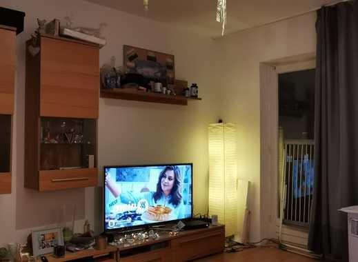 Helle 2-Zimmer-Wohnung mit Balkon und PKW-Stellplatz