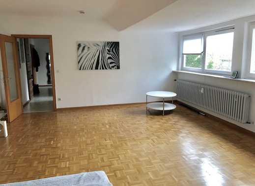 Direkt am Borbecker Schlosspark! Helle, schön aufgeteilte 1,5 R Wohnung!