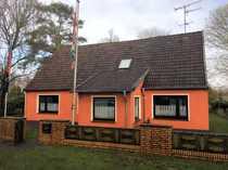 Einfamilienhaus mit Anbau und Garage