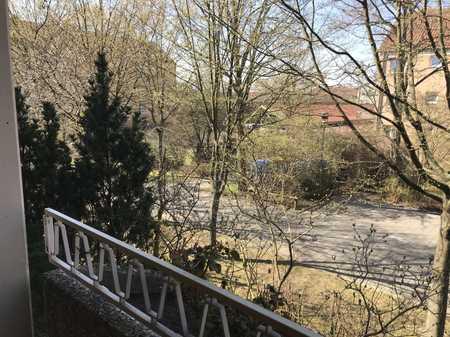 Sonnige 2,5-Zimmer-Wohnung mit Westbalkon in gepflegter Vorrath-Wohnanlage in Büchenbach