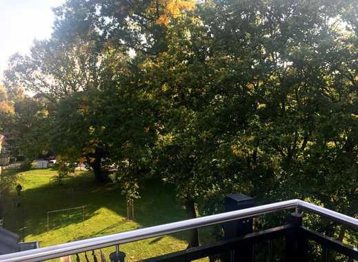 Erstbezug: Helle 3-Zimmer-DG-Wohnung mit Dachterrasse in Benrath/Hassels