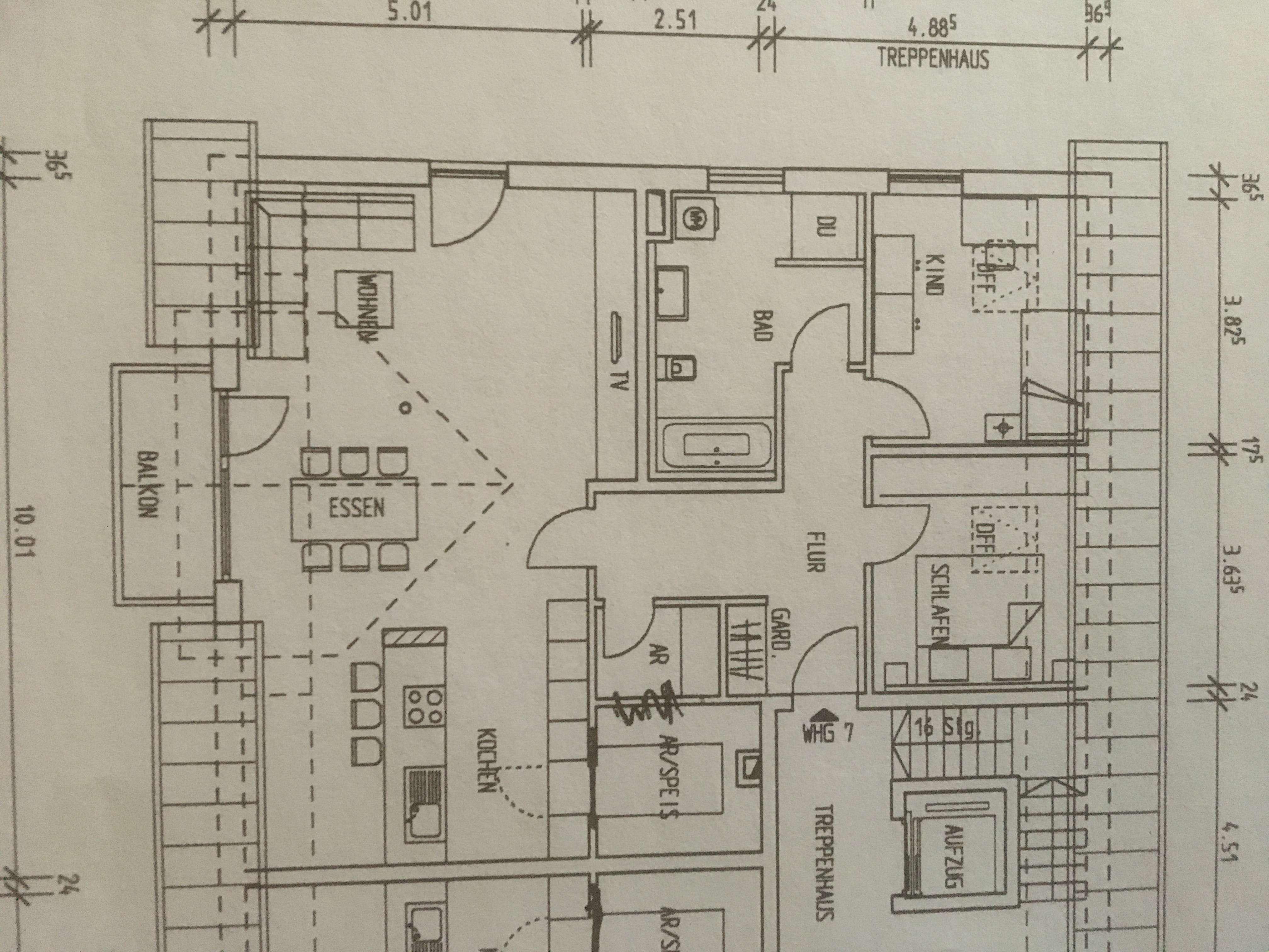 Erstbezug: ansprechende 3-Zimmer-DG-Wohnung mit Balkon in Ergolding in