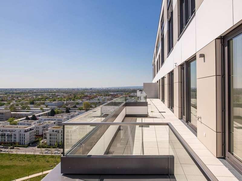 Beste Lage Frankfurts! Bezugsfertig! 3-Zimmer Wohnung auf ca. 174 m² mit Skyline-Blick