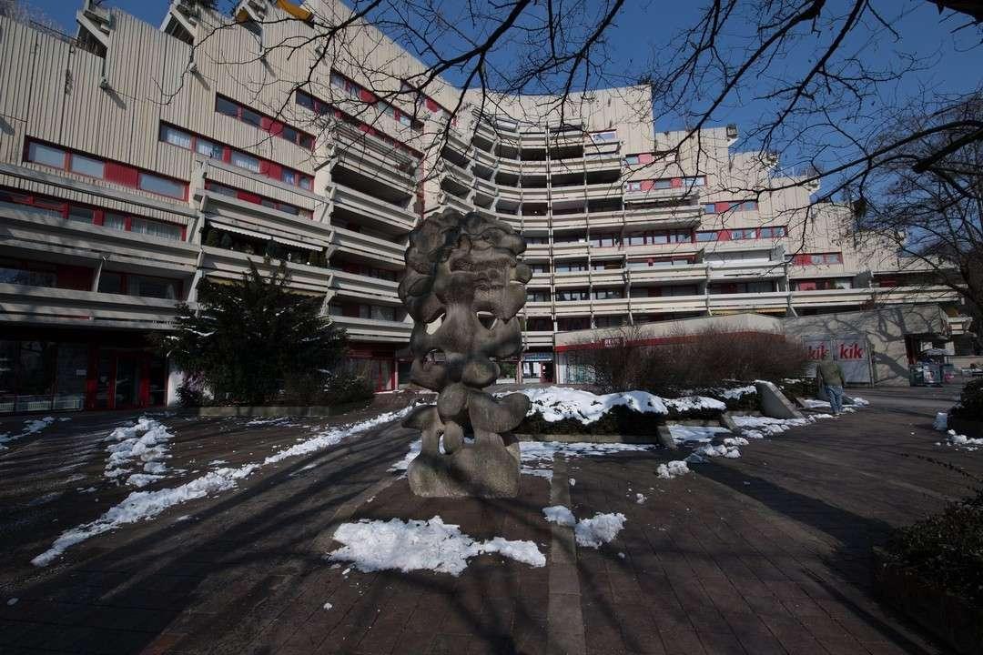 Helle 3-Zimmer- Wohnung mit großer Dachterrasse  in München-Schwabing
