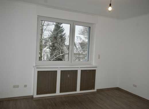Erstbezug nach Sanierung: helle 2-Zimmer-Wohnung mit Balkon in Frankfurt