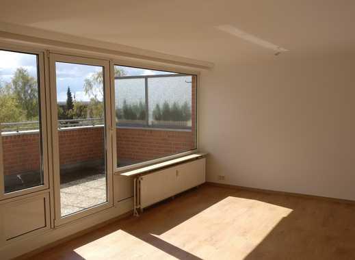 Schöne, helle, geräumige zwei Zimmer Wohnung in Wedel, zentral, Dachterrasse