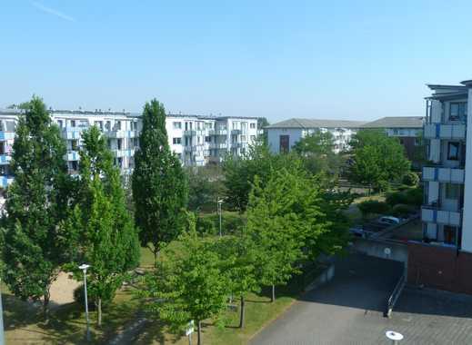 Schöne helle 3 Zimmerwohnung mit Balkon in ruhiger Lage, provisionsfrei !