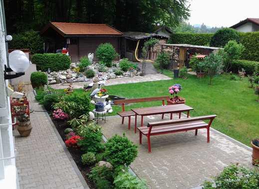 Icking/Ortsrandlage: Gepflegtes Einfamilienhaus mit großem Gartengrundstück!