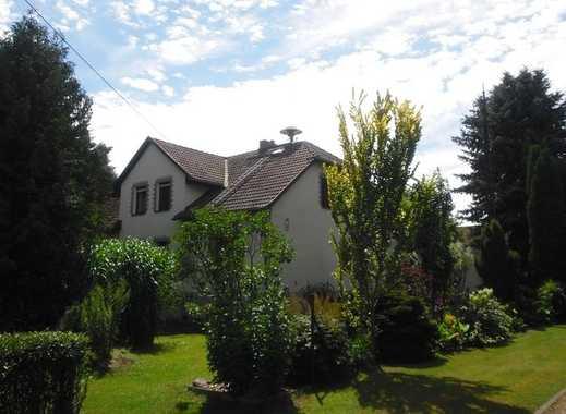1-2 Familienhaus_ca.240m² Wohnfläche_ca.28.000m² Grundstück_GästeWC_Keller_Garage_Hof