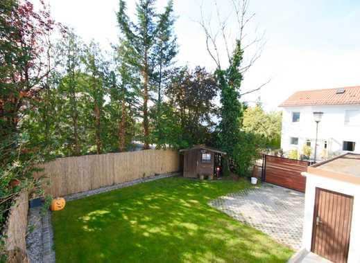 Zentral und ruhig gelegenes Reiheneckhaus mit schön eingewachsenem Garten in Germering