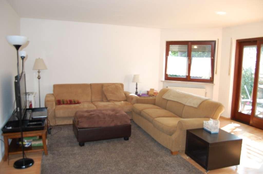 **Sonniger Wohntraum - Maisonettewohnung mit 190 qm Garten!!**