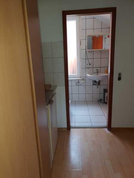 Wir haben Ihr Zuhause! Nah zur Stadtmitte, kleine, einfache  2- Zimmer Wohnung, sofort frei! in City (Bayreuth)