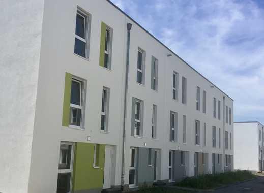 Neubau- Erstbezug: Schönes, geräumiges Haus mit vier Zimmern in Köln, Ostheim